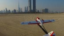 แบบนี้มันสุดเจ๋ง กับเครื่องบินนักล่าโดรน ที่ดูไบ