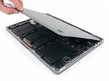 แกะ MacBook Pro และ MacBook 2017 เจ๋งแค่ไหนมาดูกัน