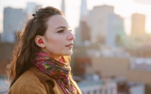สุดยอด หูฟังอัจฉริยะ แปลภาษาได้ทันใจ จะฟัง จะพูดภาษาอะไร ก็รู้เรื่องทันที