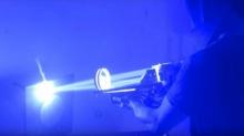 ของแบบนี้ก็มีด้วย ปืนเลเซอร์บาซูก้าโฮมเมด พลังแสงรุนแรงมาก!